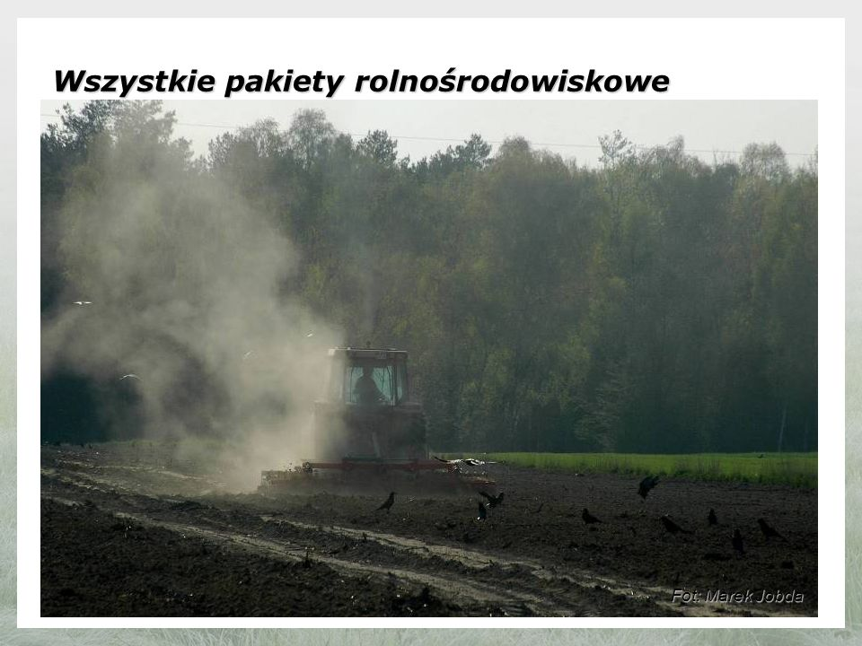 Wszystkie pakiety rolnośrodowiskowe : Realizacja wszystkich pakietów rolnośrodowiskowych jest związana ze spełnianiem wymogów zasady wzajemnej zgodności (Cross-compliance), obejmujących m.in.:Realizacja wszystkich pakietów rolnośrodowiskowych jest związana ze spełnianiem wymogów zasady wzajemnej zgodności (Cross-compliance), obejmujących m.in.: - identyfikację i rejestrację zwierząt, - wymogi dotyczące zdrowotności rośli, - zakaz stosowania niektórych związków.
