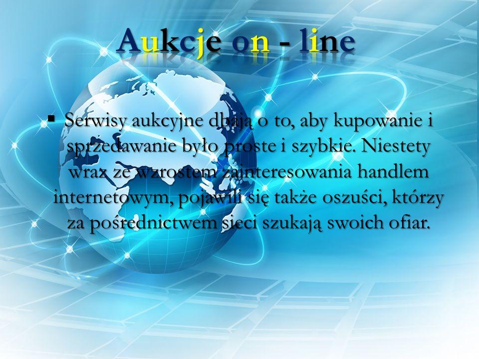 Czat (z angielskiego chat – pogawędka), to mechanizm umożliwiający porozumiewanie się między sobą osobom korzystającym z Internetu.