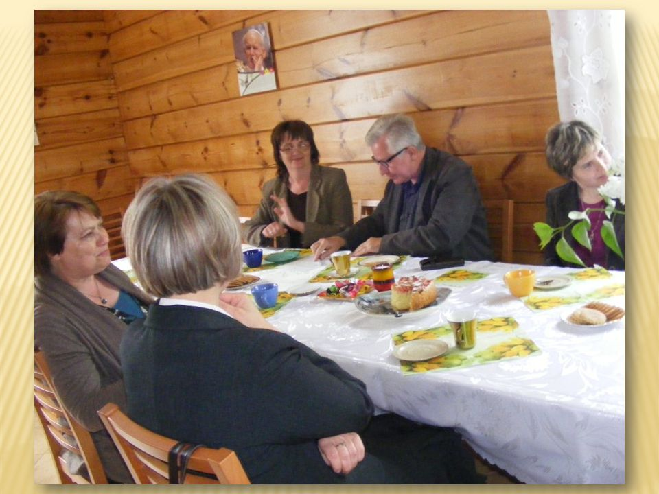 Redagowanie i wydawanie gazetki parafialnej FLORIAN Pierwszy numer ukazał się na Boże Narodzenie 2010 roku, kolejne w następnych miesiącach, a ostatni 9 X br.