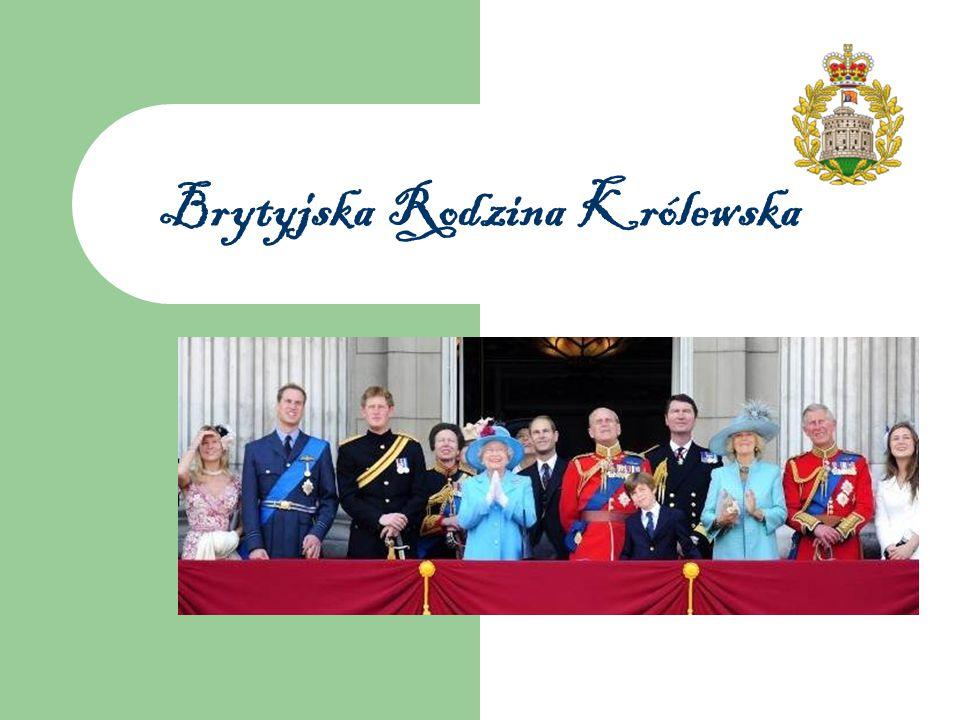 Od lewej: książę William, książę Harry, królowa Elżbieta II i książę Filip