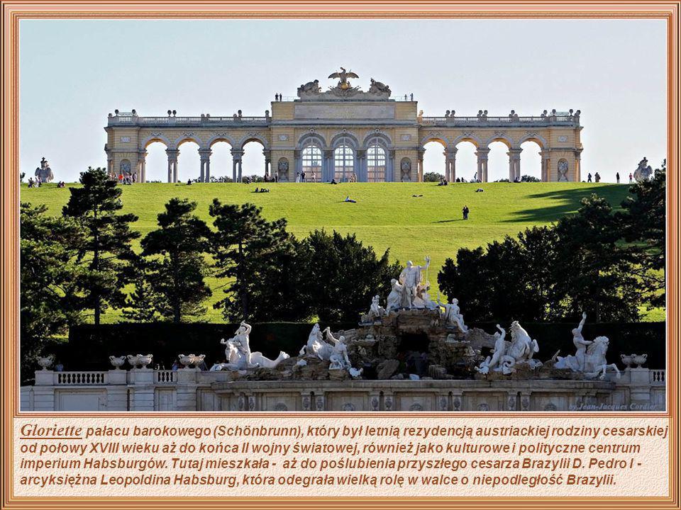 Gloriette pałacu barokowego (Schönbrunn), który był letnią rezydencją austriackiej rodziny cesarskiej od połowy XVIII wieku aż do końca II wojny światowej, również jako kulturowe i polityczne centrum imperium Habsburgów.
