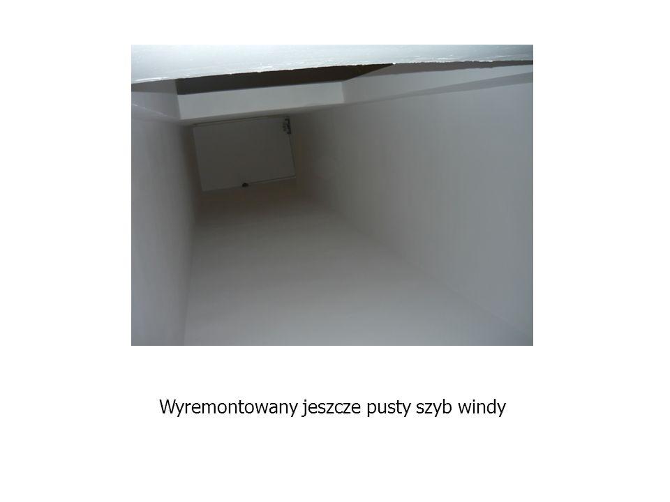Wyremontowany jeszcze pusty szyb windy