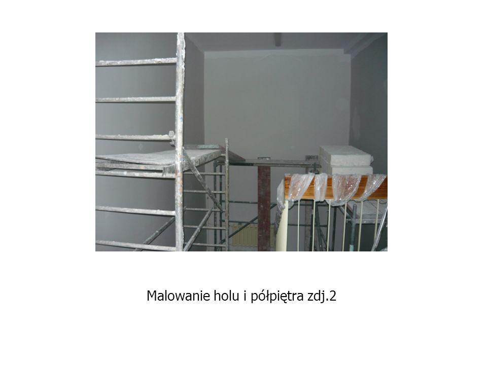 Malowanie holu i półpiętra zdj.2