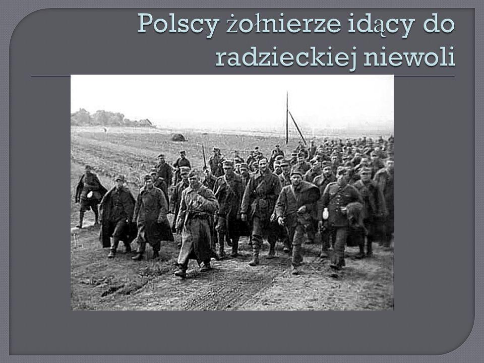 Polscy żołnierze idący do radzieckiej niewoli
