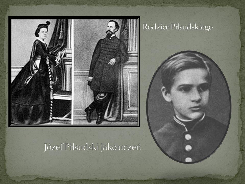 Józef Piłsudski jako uczeń