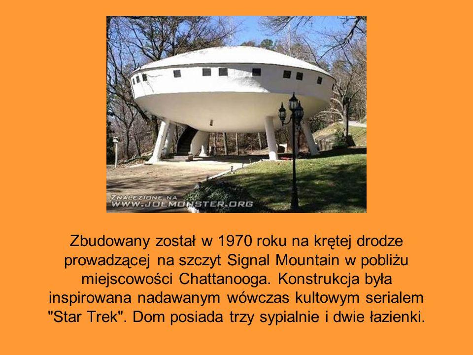 Zbudowany został w 1970 roku na krętej drodze prowadzącej na szczyt Signal Mountain w pobliżu miejscowości Chattanooga.