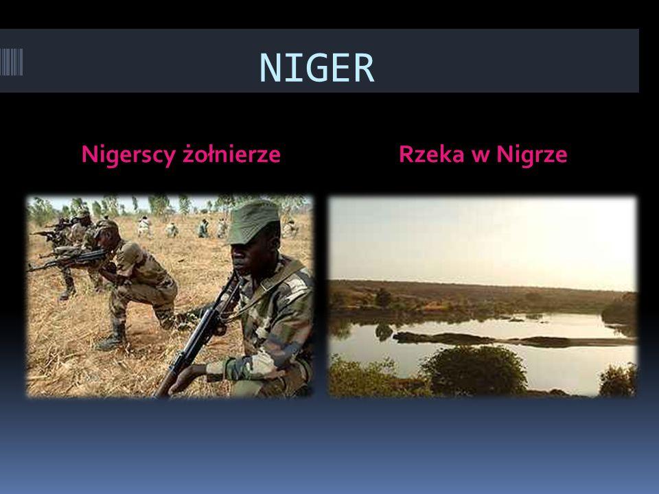 NIGER Nigerscy żołnierze Rzeka w Nigrze