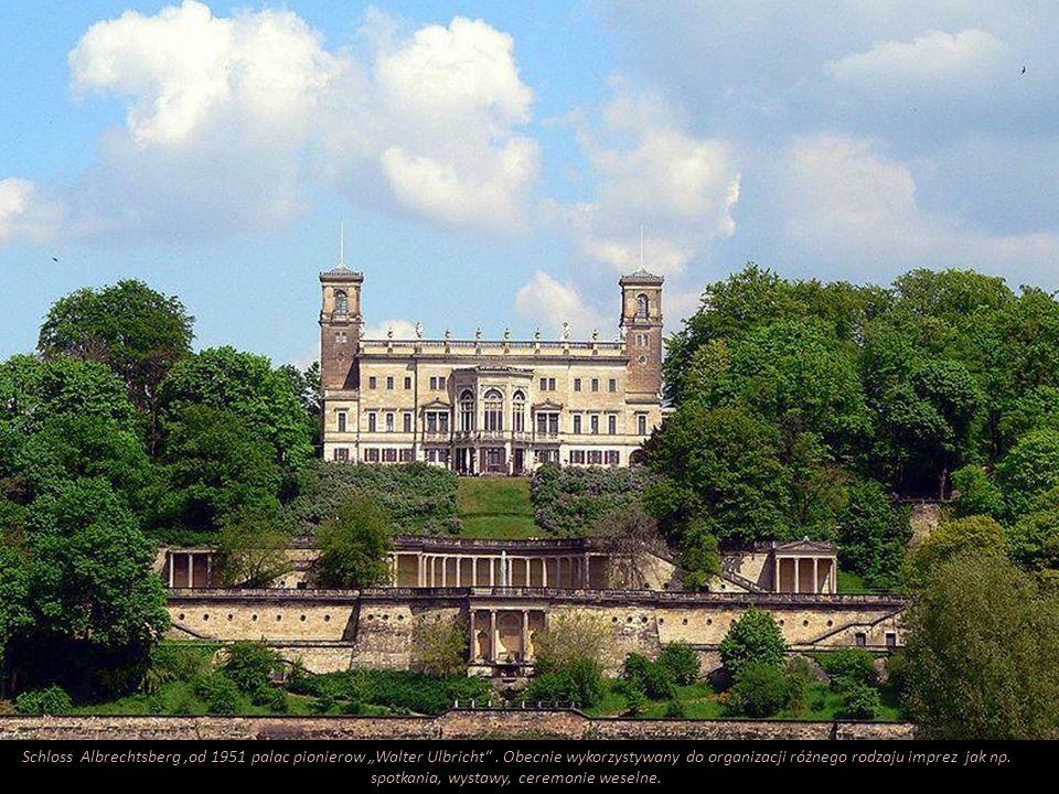 """Schloss Albrechtsberg ,od 1951 palac pionierow """"Walter Ulbricht"""