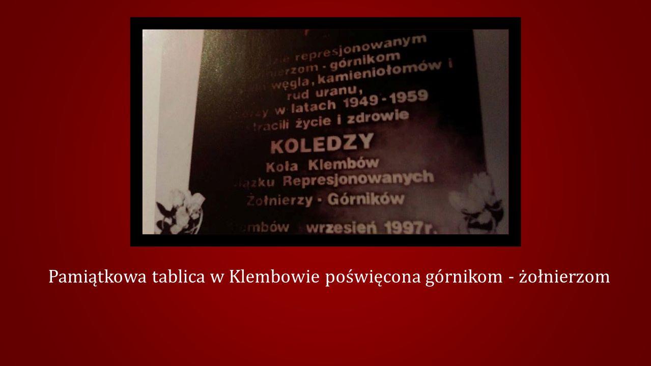 Pamiątkowa tablica w Klembowie poświęcona górnikom - żołnierzom