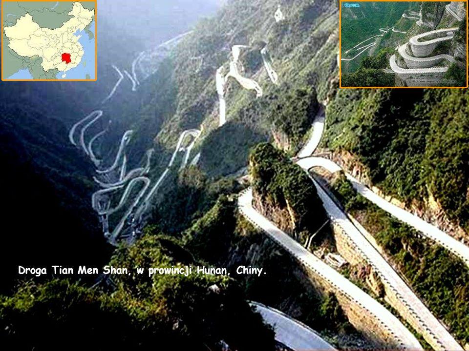 Droga Tian Men Shan, w prowincji Hunan, Chiny.