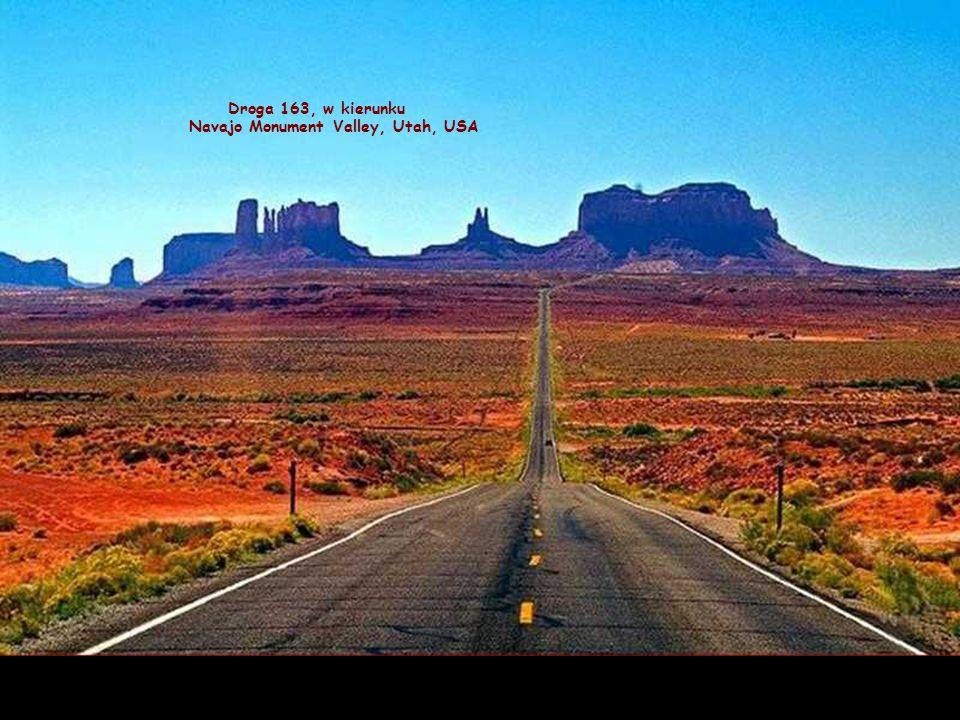 Droga 163, w kierunku Navajo Monument Valley, Utah, USA