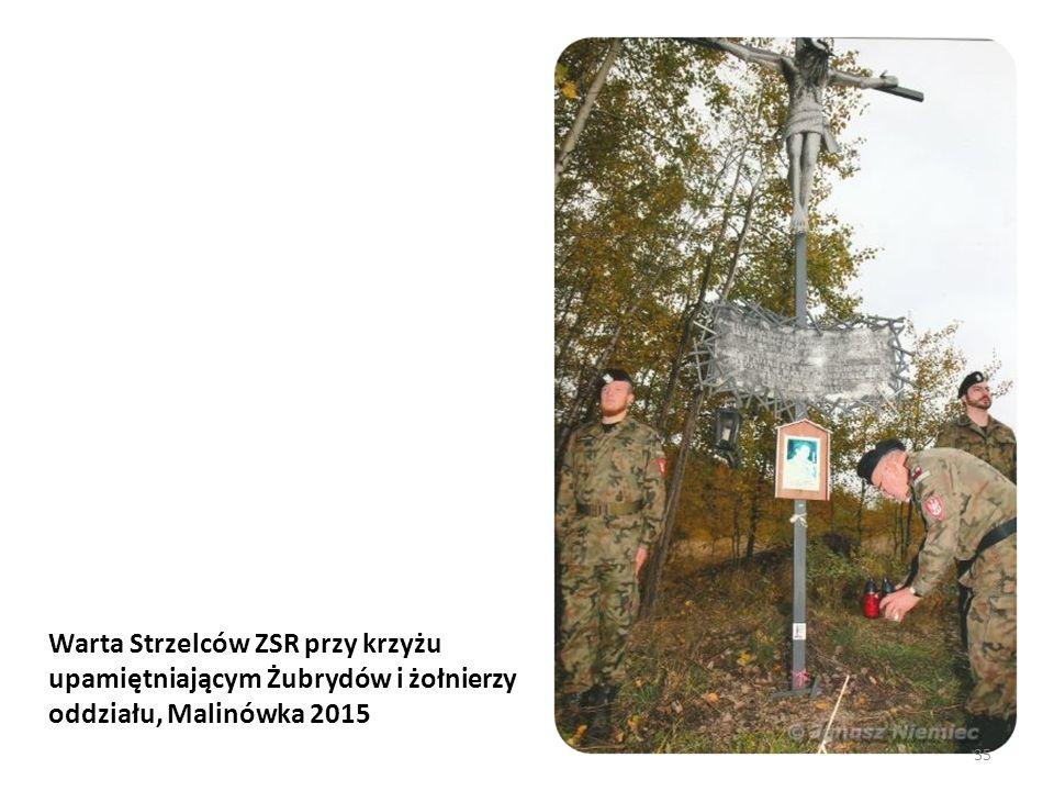 Warta Strzelców ZSR przy krzyżu upamiętniającym Żubrydów i żołnierzy oddziału, Malinówka 2015