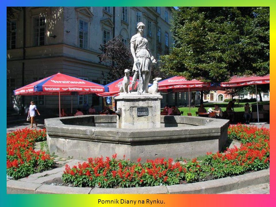 Pomnik Diany na Rynku.