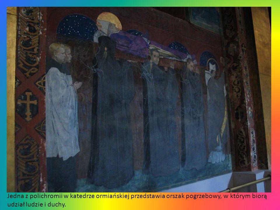Jedna z polichromii w katedrze ormiańskiej przedstawia orszak pogrzebowy, w którym biorą udział ludzie i duchy.