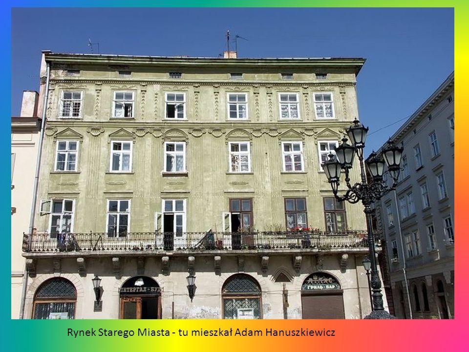 Rynek Starego Miasta - tu mieszkał Adam Hanuszkiewicz