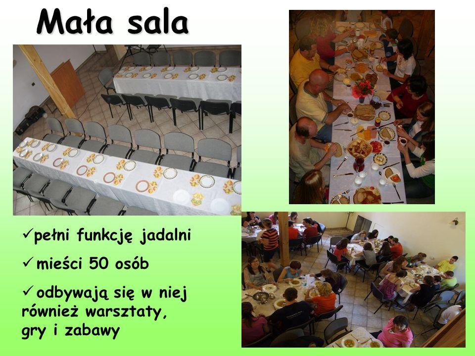 Mała sala pełni funkcję jadalni mieści 50 osób