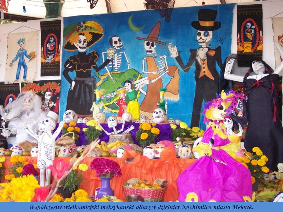 Współczesny wielkomiejski meksykański ołtarz w dzielnicy Xochimilco miasta Meksyk.