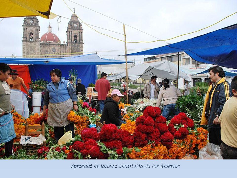 Sprzedaż kwiatów z okazji Día de los Muertos