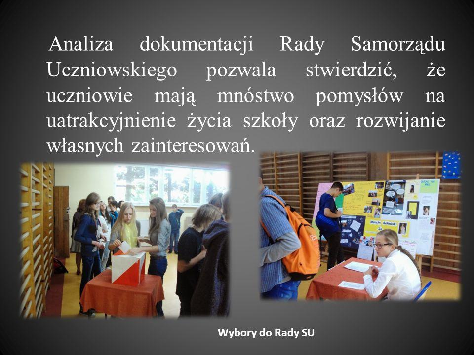 Analiza dokumentacji Rady Samorządu Uczniowskiego pozwala stwierdzić, że uczniowie mają mnóstwo pomysłów na uatrakcyjnienie życia szkoły oraz rozwijanie własnych zainteresowań.