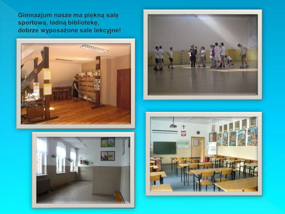 Gimnazjum nasze ma piękną salę sportową, ładną bibliotekę, dobrze wyposażone sale lekcyjne!