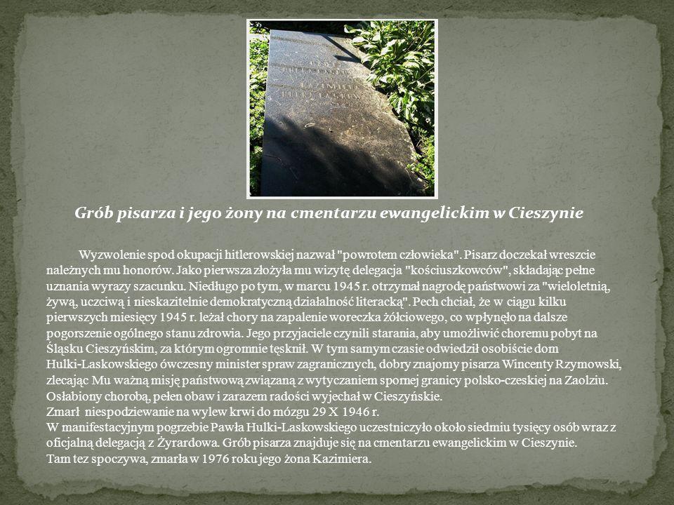 Grób pisarza i jego żony na cmentarzu ewangelickim w Cieszynie