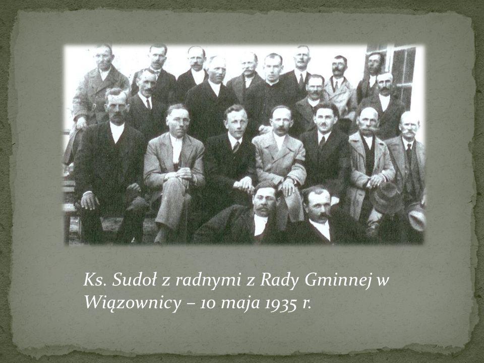 Ks. Sudoł z radnymi z Rady Gminnej w Wiązownicy – 10 maja 1935 r.