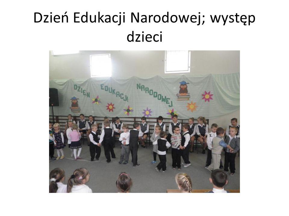 Dzień Edukacji Narodowej; występ dzieci