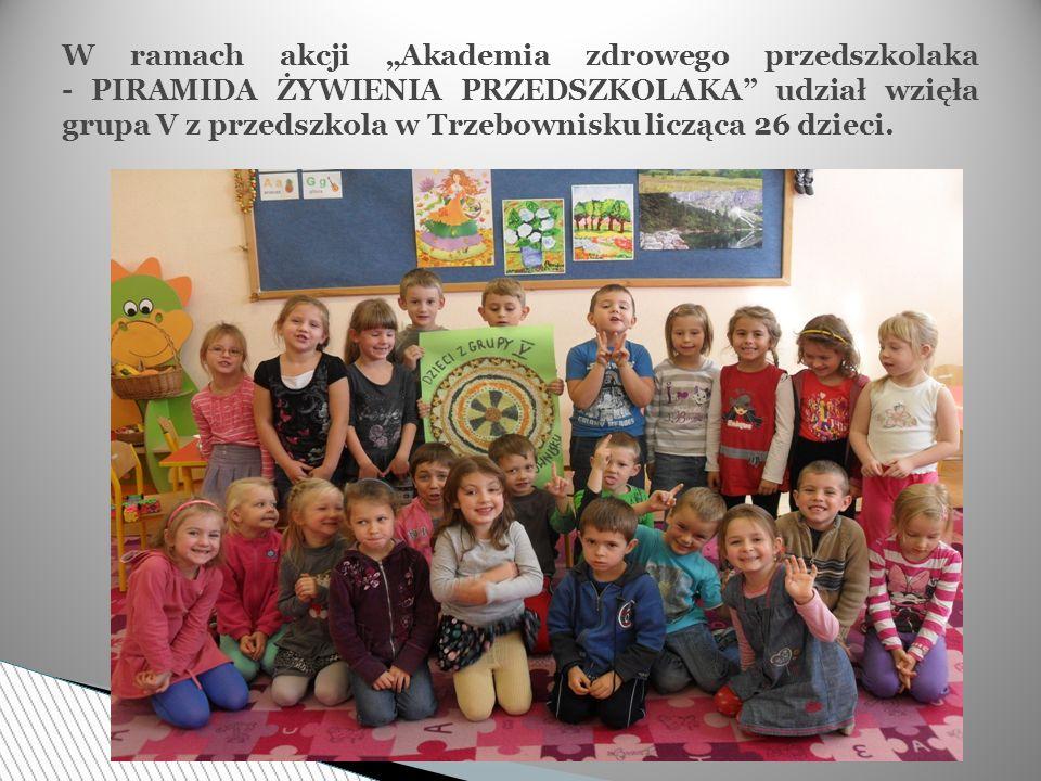 """W ramach akcji """"Akademia zdrowego przedszkolaka - PIRAMIDA ŻYWIENIA PRZEDSZKOLAKA udział wzięła grupa V z przedszkola w Trzebownisku licząca 26 dzieci."""