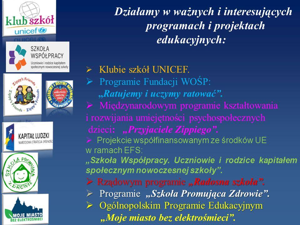 programach i projektach edukacyjnych: