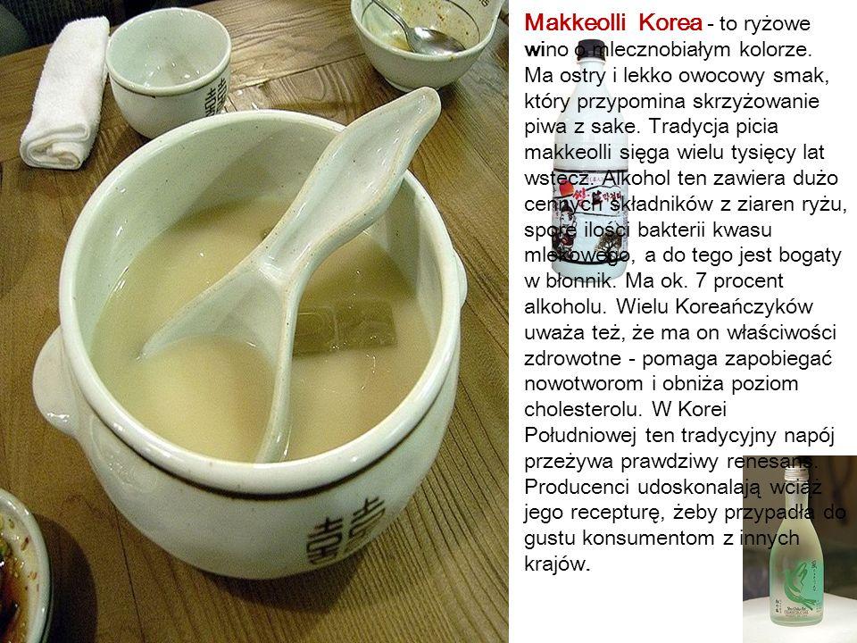 Makkeolli Korea - to ryżowe wino o mlecznobiałym kolorze