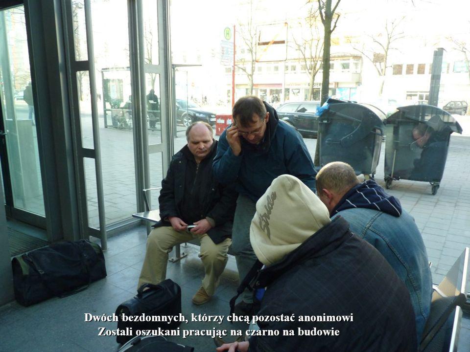 Dwóch bezdomnych, którzy chcą pozostać anonimowi Zostali oszukani pracując na czarno na budowie