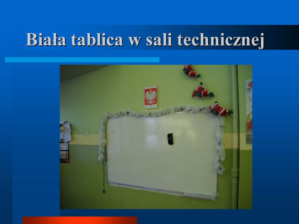 Biała tablica w sali technicznej