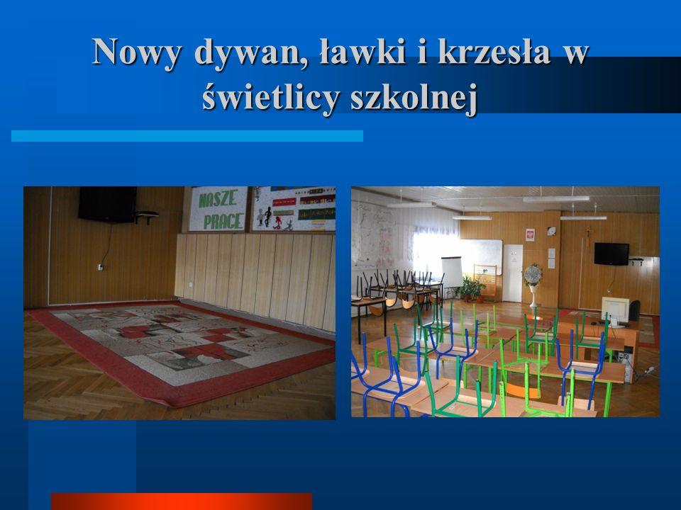 Nowy dywan, ławki i krzesła w świetlicy szkolnej