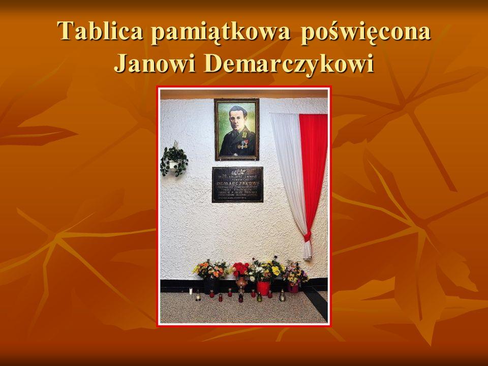 Tablica pamiątkowa poświęcona Janowi Demarczykowi