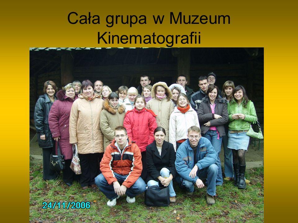 Cała grupa w Muzeum Kinematografii