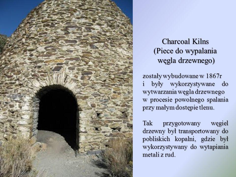 Charcoal Kilns (Piece do wypalania węgla drzewnego)