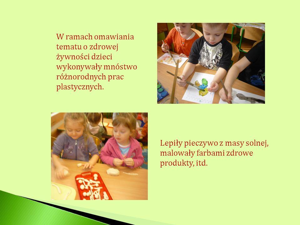 W ramach omawiania tematu o zdrowej żywności dzieci wykonywały mnóstwo różnorodnych prac plastycznych.