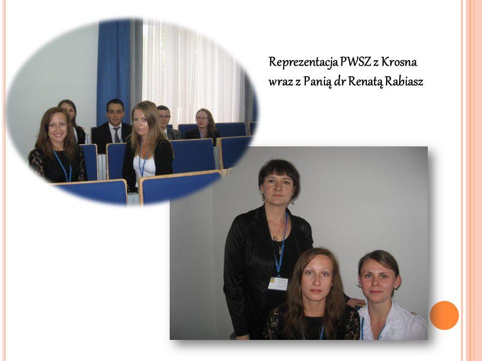 Reprezentacja PWSZ z Krosna wraz z Panią dr Renatą Rabiasz