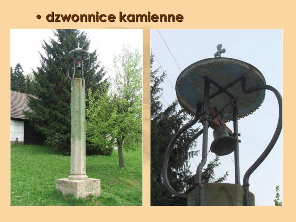 dzwonnice kamienne