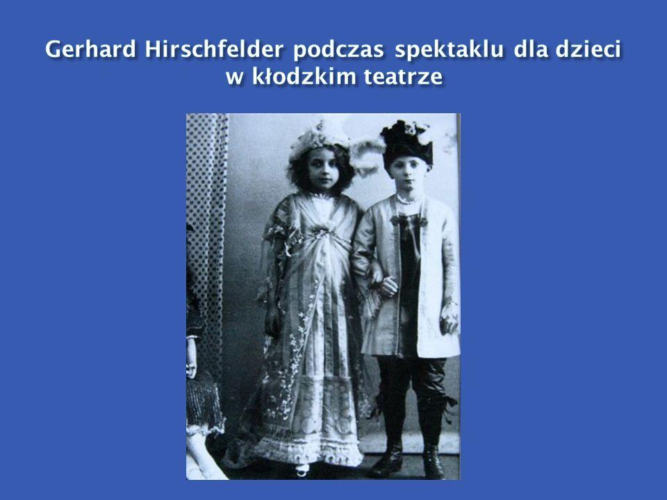 Gerhard Hirschfelder podczas spektaklu dla dzieci w kłodzkim teatrze