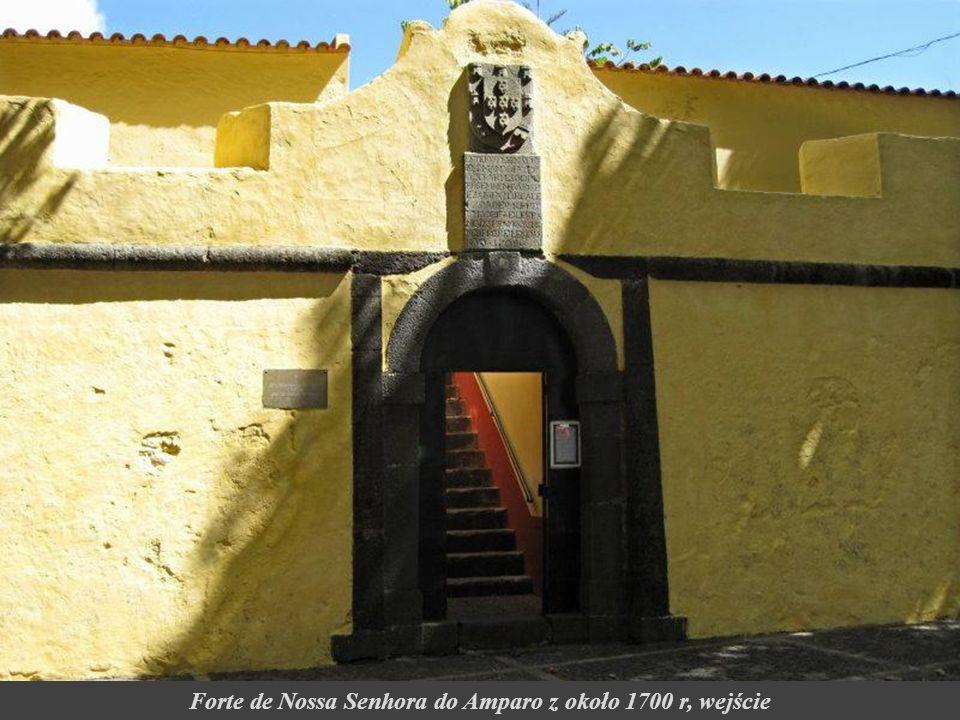 Forte de Nossa Senhora do Amparo z około 1700 r, wejście