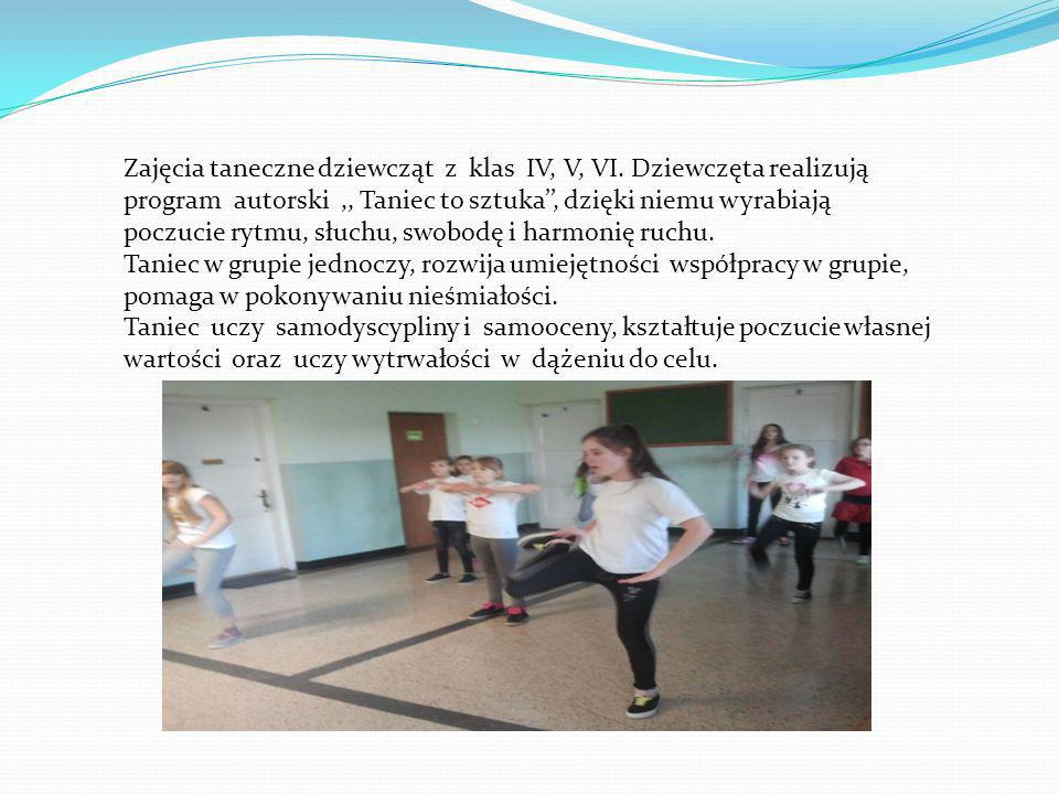 Zajęcia taneczne dziewcząt z klas IV, V, VI