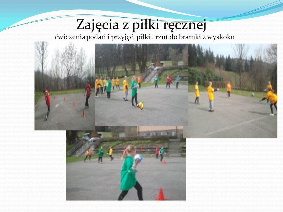 Zajęcia z piłki ręcznej ćwiczenia podań i przyjęć piłki , rzut do bramki z wyskoku
