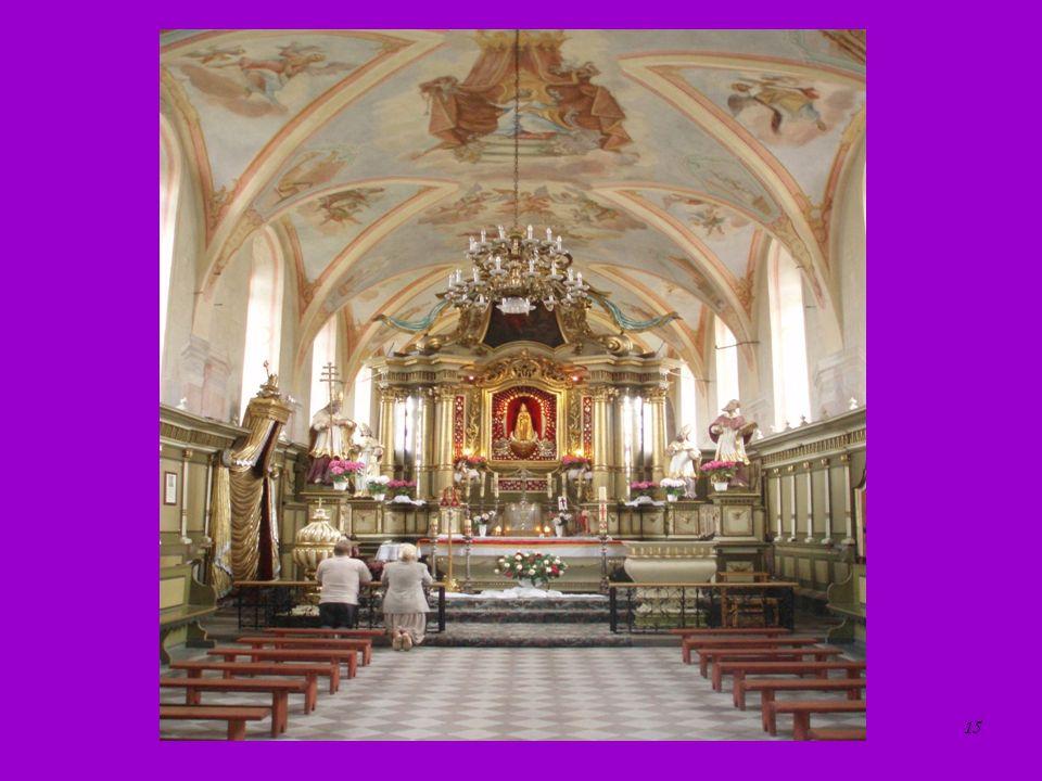 Ołtarz główny w kościele skępskim