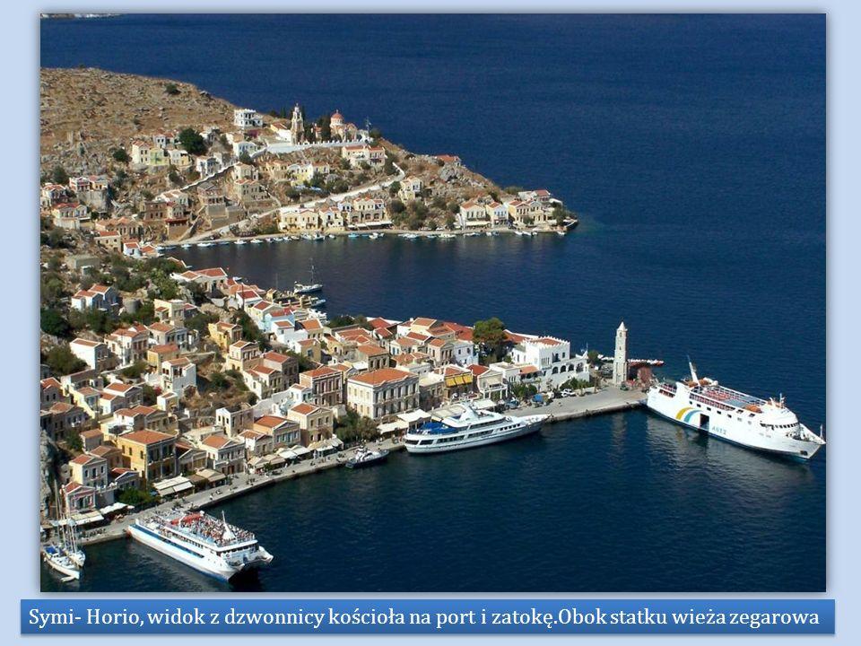 Symi- Horio, widok z dzwonnicy kościoła na port i zatokę