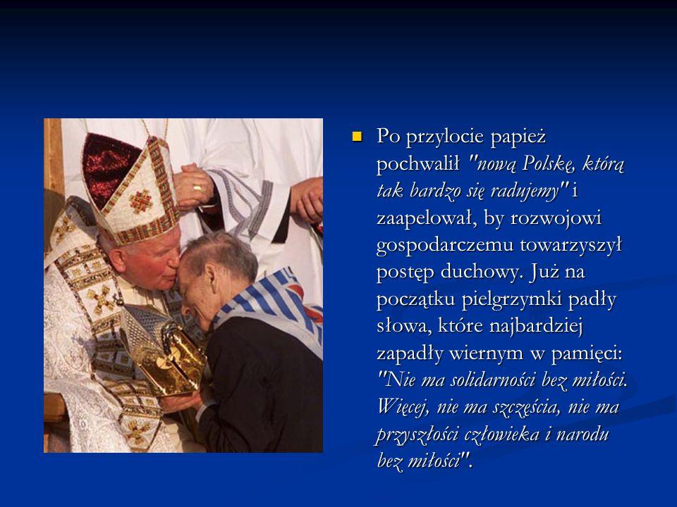 Po przylocie papież pochwalił nową Polskę, którą tak bardzo się radujemy i zaapelował, by rozwojowi gospodarczemu towarzyszył postęp duchowy.