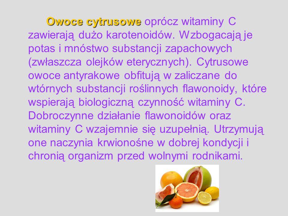 Owoce cytrusowe oprócz witaminy C zawierają dużo karotenoidów