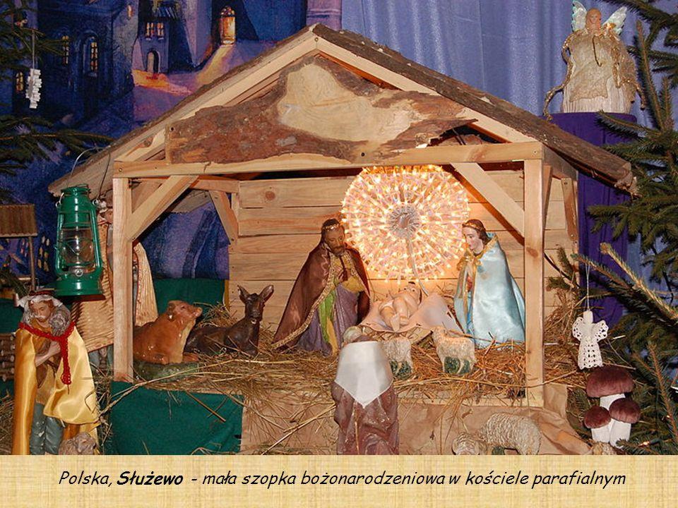 Polska, Służewo - mała szopka bożonarodzeniowa w kościele parafialnym