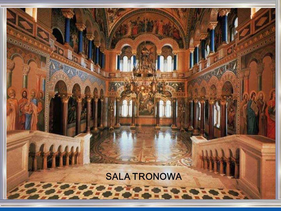 SALA TRONOWA