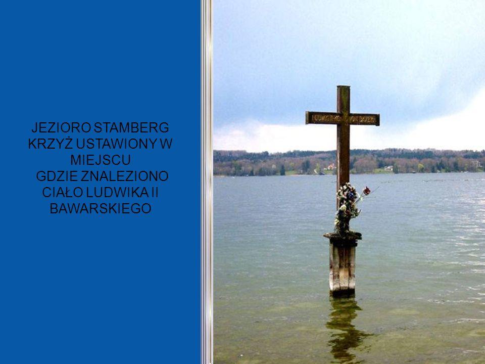 JEZIORO STAMBERG KRZYŻ USTAWIONY W MIEJSCU GDZIE ZNALEZIONO CIAŁO LUDWIKA II BAWARSKIEGO